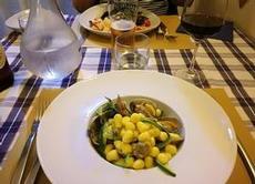 Gnocchi med snäckor och zucchini