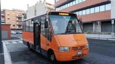 Bussen som tar oss till flygplatsen för 1E per person
