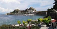 Korfu stad, kastellet och bptar