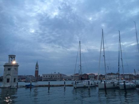 Venedig under vatten efter ovader