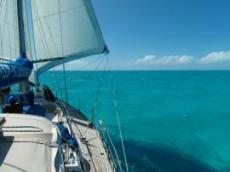 Grönt hav på Caicos Bank