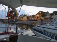St Jean de Losne ligger som båt nr tre efter en engelsk båt och Ronja i från Danmark