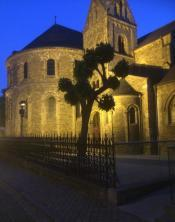 Kyrka i gamla stan Maastricht